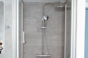 Zimmer mit Dusche 3